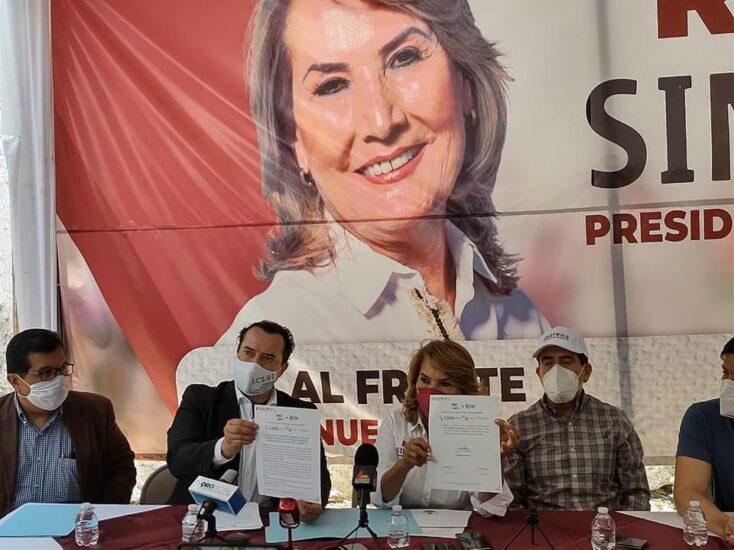 Firma del compromiso por el Desarrollo Sustentable y la Acción Climática de la candidata, Rosa María Ríos García en San Juan del Río, Querétaro.