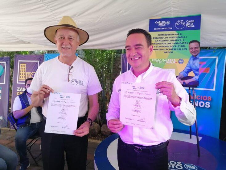 Firma del compromiso por el Desarrollo Sustentable y la Acción Climática del candidato, Carlos Alberto Soto Delgado en Zamora, Michoacán.