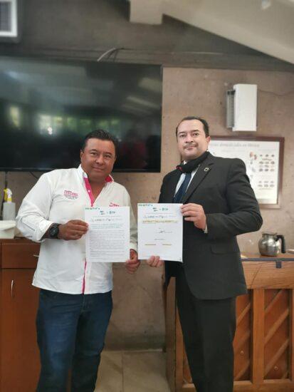 Firma del compromiso por el Desarrollo Sustentable y la Acción Climática del candidato, Ricardo Badillo González en San Juan del Río, Querétaro.