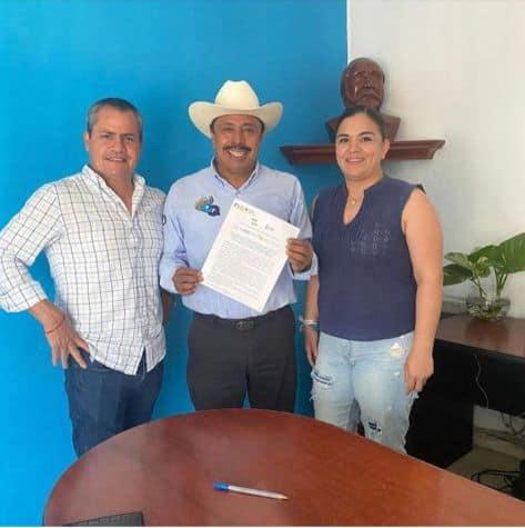 Firma del compromiso por el Desarrollo Sustentable y la Acción Climática del candidato, César Quevedo Inzunza, en Navolato, Sinaloa, México.