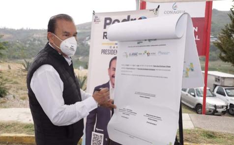 Firma del compromiso por el Desarrollo Sustentable y la Acción Climática del candidato Pedro Rodríguez Villegas en Atizapán, Estado de México