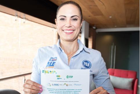 Firma del compromiso por el Desarrollo Sustentable y la Acción Climática de la candidata Alejandra Gutiérrez en León, Guanajuato