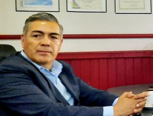 Firma del compromiso por el Desarrollo Sustentable y la Acción Climática del Presidente Municipal Marcial R. Márquez Gz. en Rosales, Chihuahua.